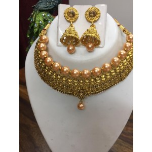 Golden Chhokar set with dusty pink pearls