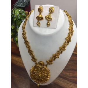 Gold and amber necklace set